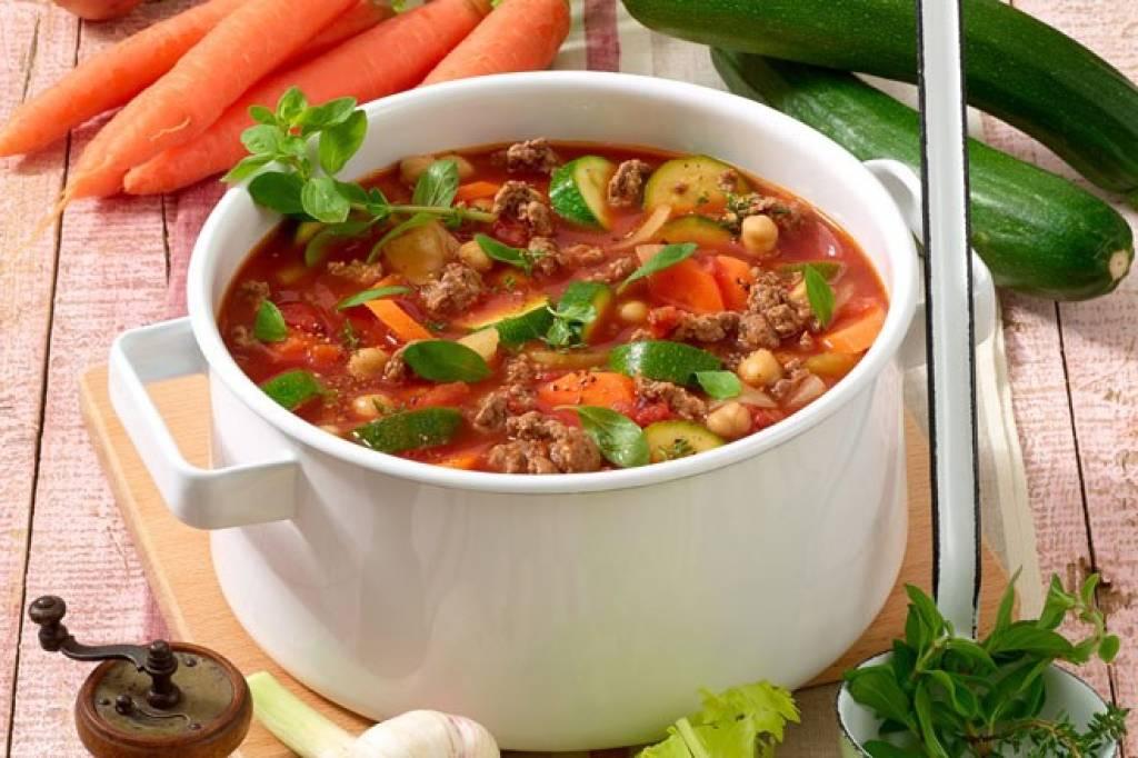 suppe zum abnehmen rezept, blitz-suppe mit hack zum entschlacken - bild der frau, Design ideen
