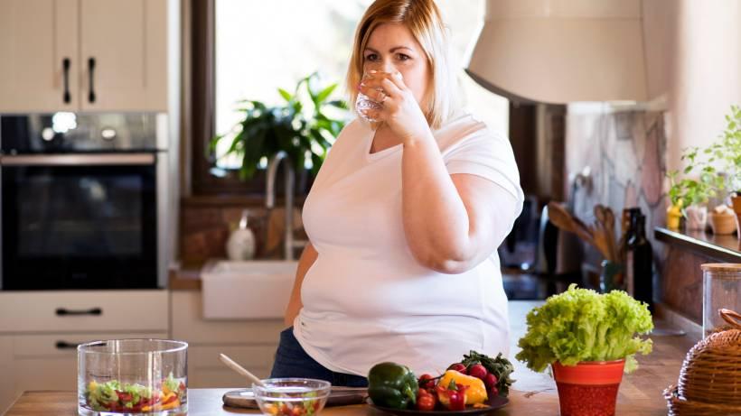 Wie man schnell Gewicht verliert, ohne viel Geld auszugeben