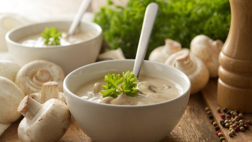 Champignoncremesuppe schnell und einfach zubereiten