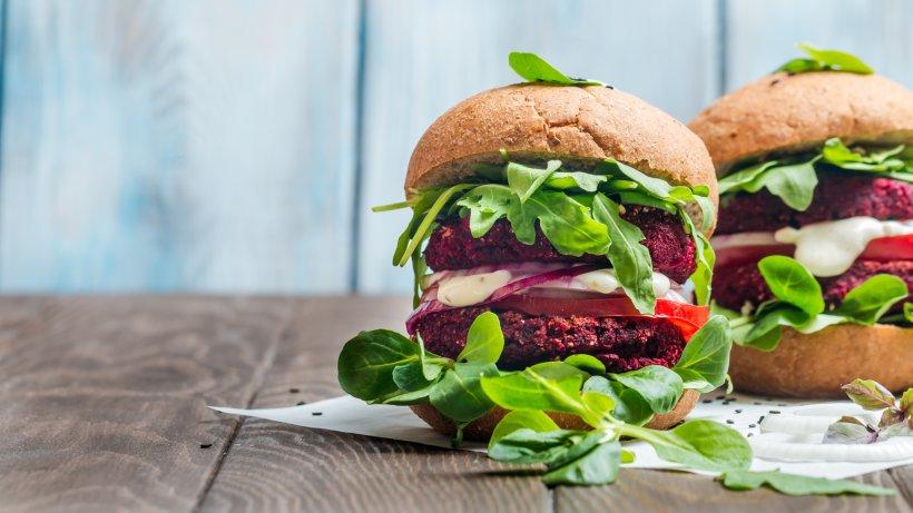 tipps f r eine ausgewogene vegetarische ern hrung bild der frau. Black Bedroom Furniture Sets. Home Design Ideas