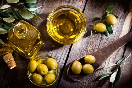 Natives Olivenöl zur Gewichtsreduktion