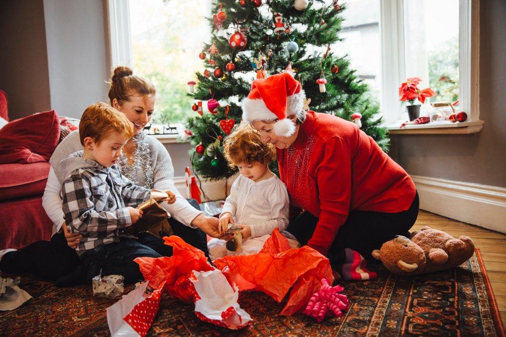 Weihnachtsgeschenk für Kinder: Geniale Tipps für jedes Alter - Bild ...