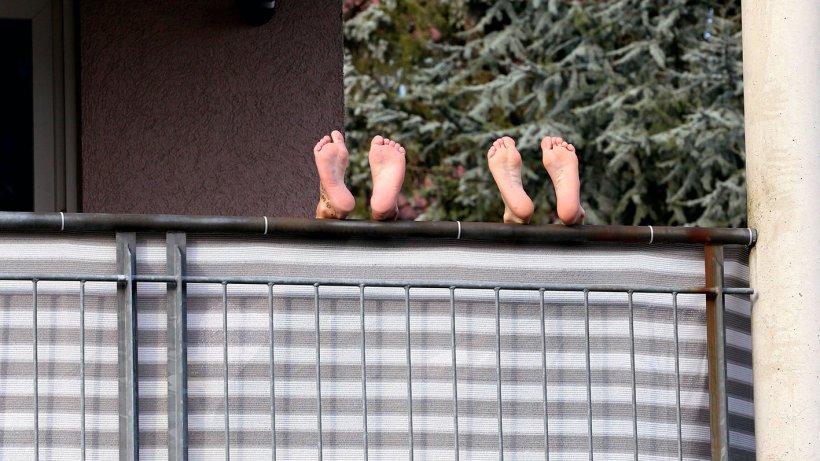 balkon sichtschutz schutz vor blicken und schlechtem. Black Bedroom Furniture Sets. Home Design Ideas