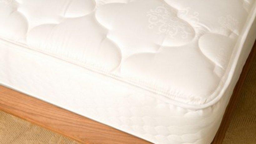 matratzen eine ann herung bild der frau. Black Bedroom Furniture Sets. Home Design Ideas