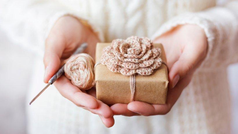 7 selbstgemachte valentinstags geschenke f r die liebe bild der frau. Black Bedroom Furniture Sets. Home Design Ideas