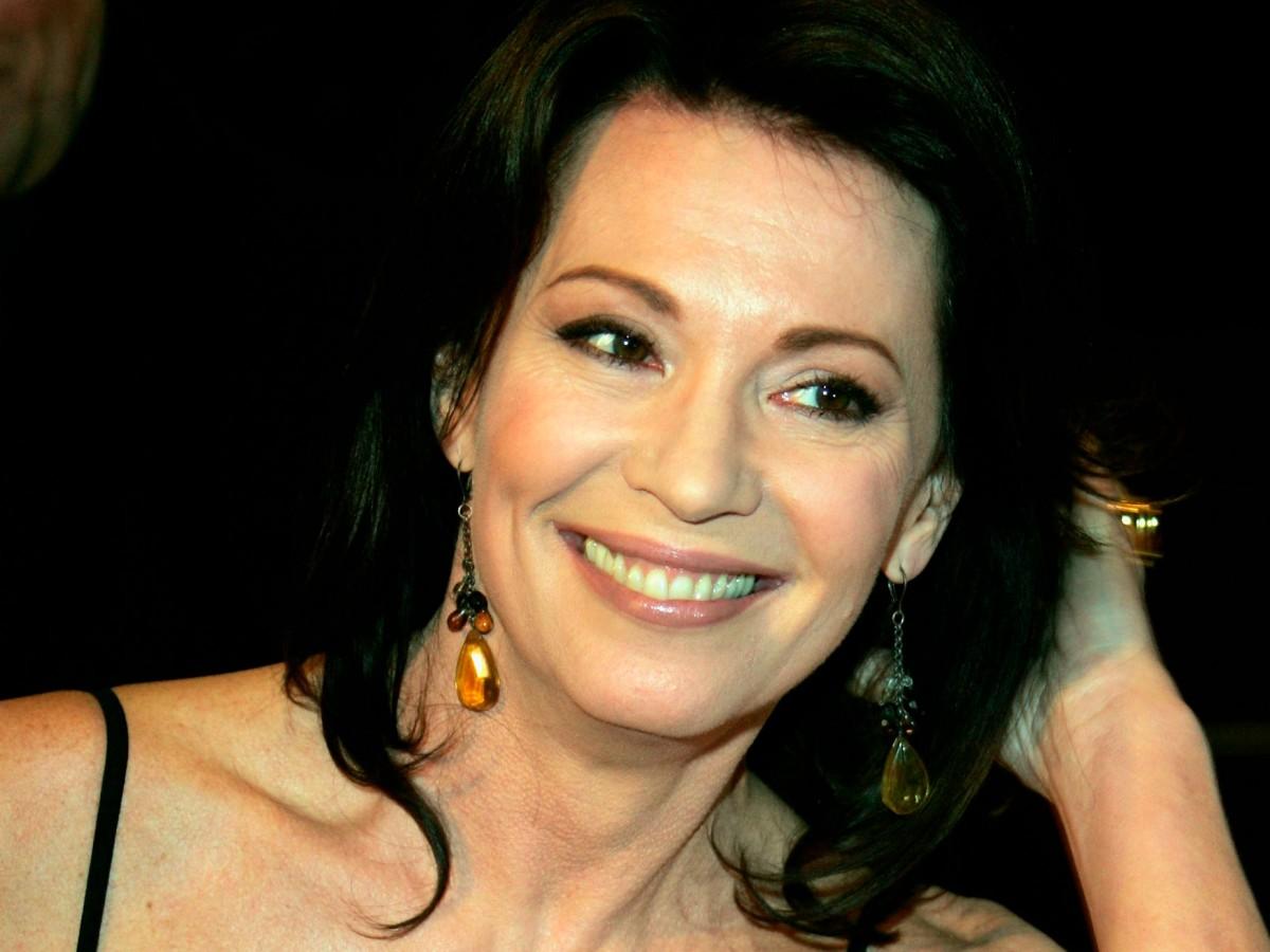 Schönheitsoperation iris berben Deutsche schauspielerin