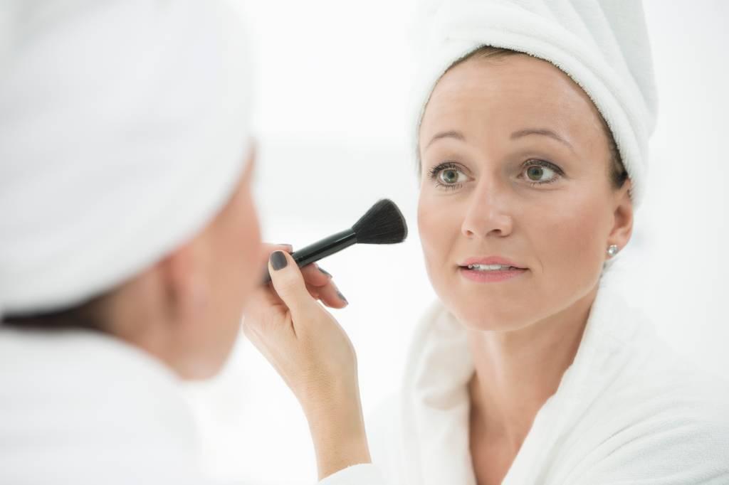 Richtige Pflege Bei Schuppiger Haut Bildderfraude