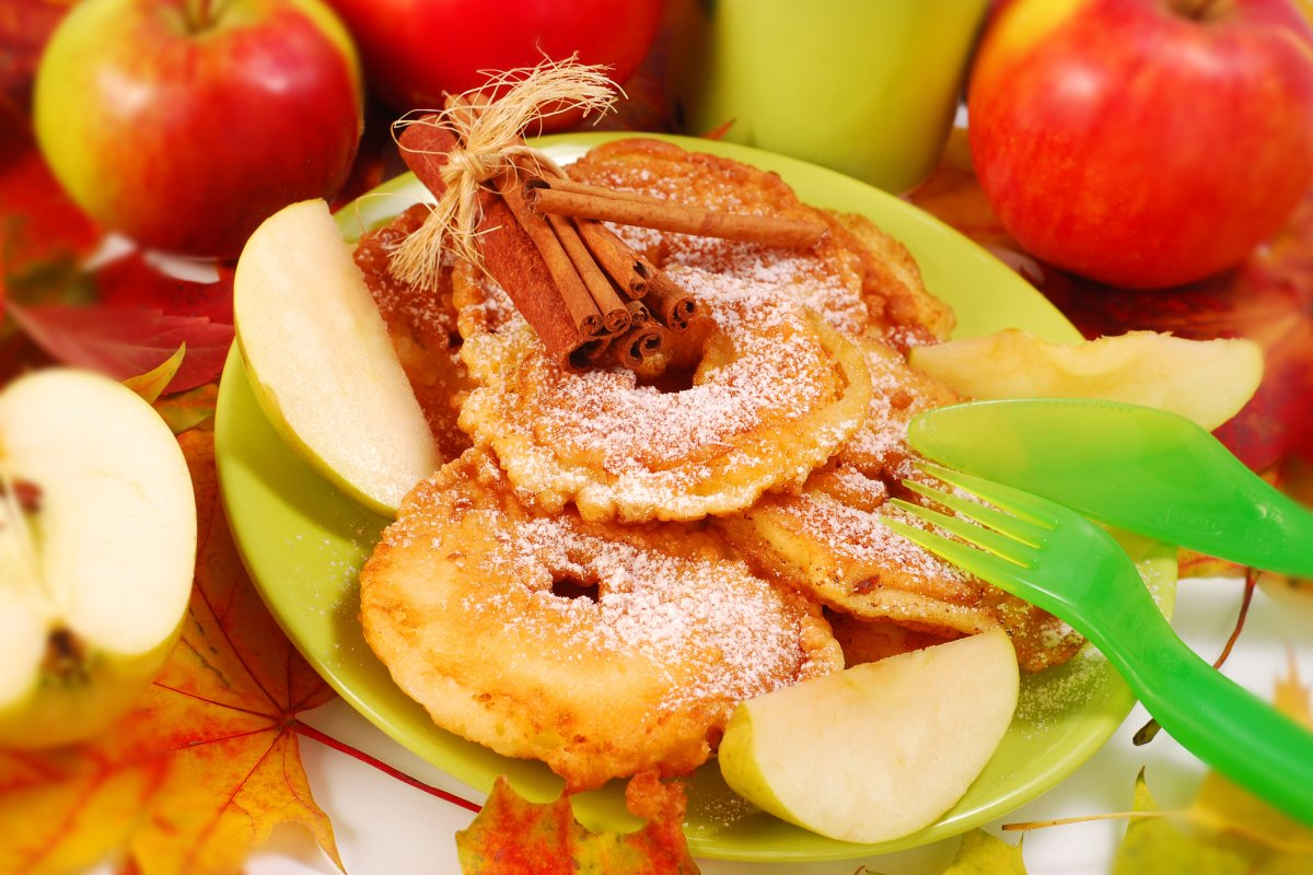 Apfelküchle: Traditionelles Rezept zum selber machen