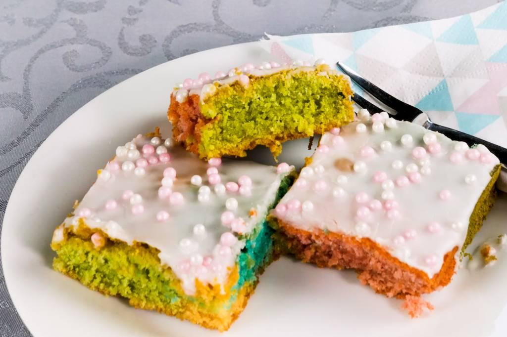 Papageienkuchen Rezept Fur Den Kunterbunten Kuchen Bildderfrau De