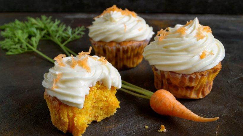 Genießen Sie diese köstlichen Low-Carb-Möhren-Muffins