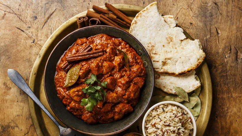 Indisches Festmahl: Würziges Chicken Tikka mit Nuss-Pilaw