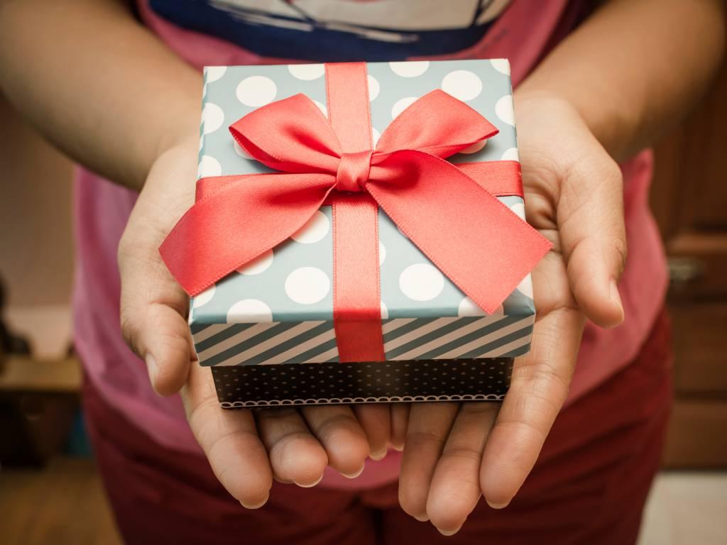 Diese 9 Geschenke haben einen hohen Glücks-Faktor - bildderfrau.de