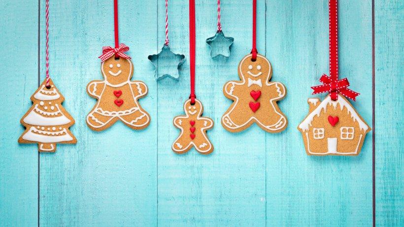 lebkuchen baumschmuck f r weihnachten rezept bild der frau. Black Bedroom Furniture Sets. Home Design Ideas