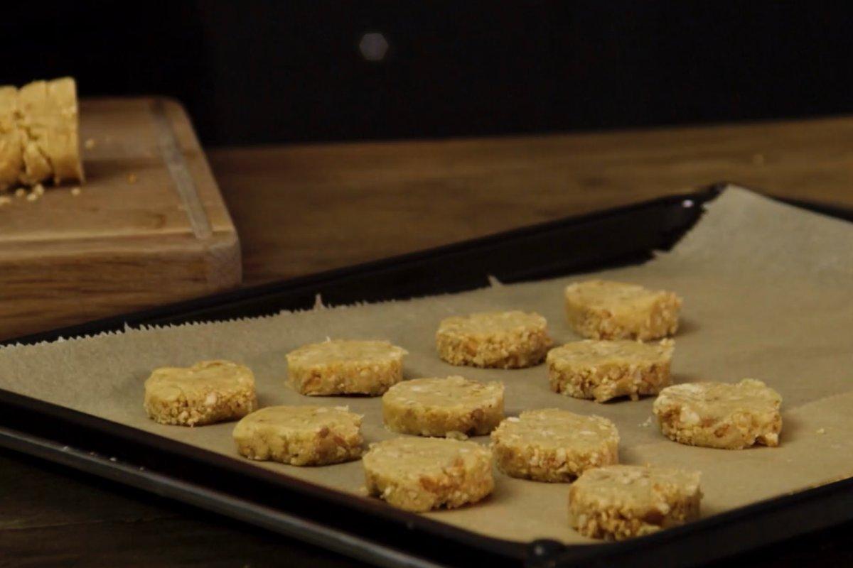 Cashew-Erdnuss-Taler: Rezept für Weihnachten