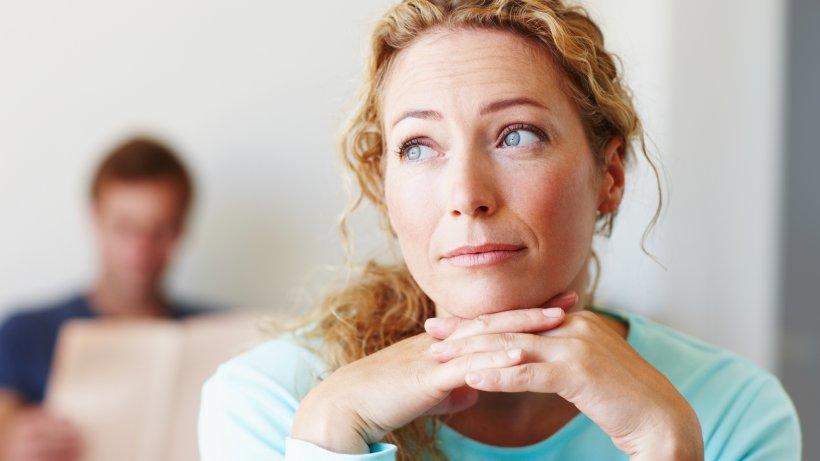 5 Zeichen, dass man in einer unglücklichen Beziehung