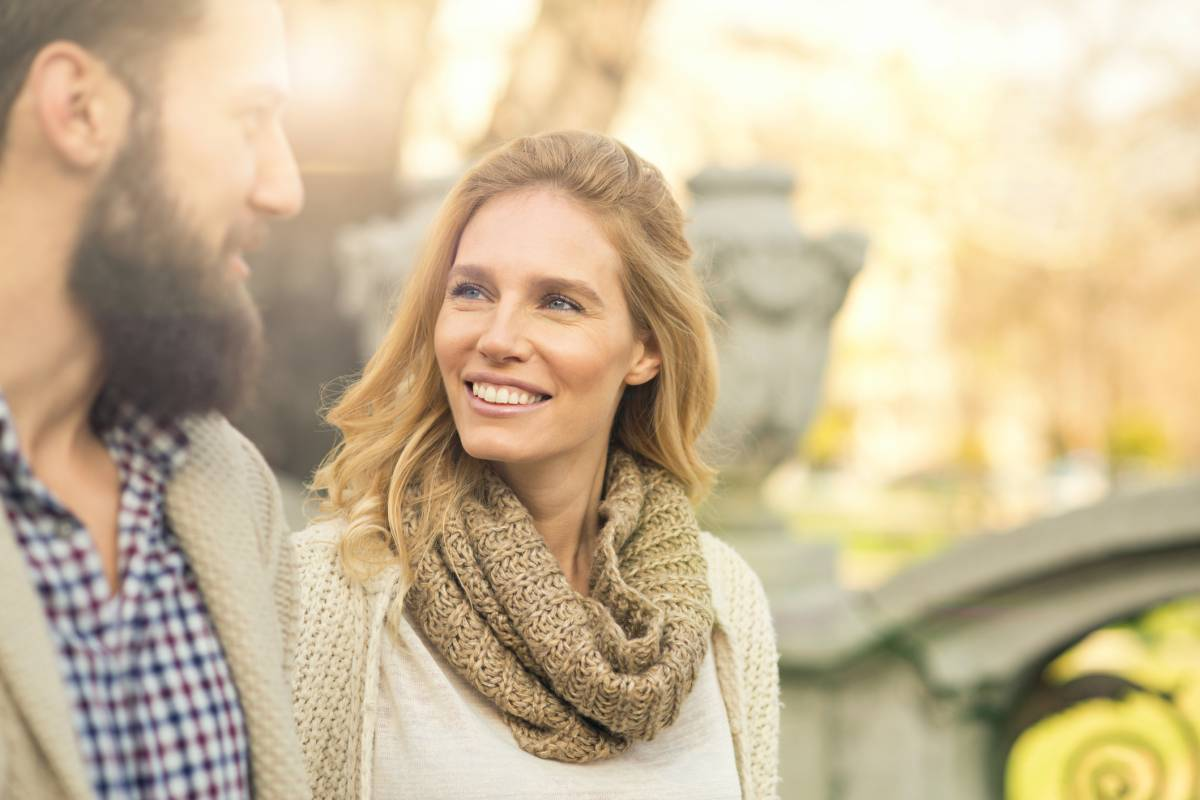 Fast jeder versucht mit mir zu flirten [PUNIQRANDLINE-(au-dating-names.txt) 59
