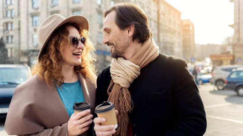 Dating einem Kerl Ihr eigenes Alter