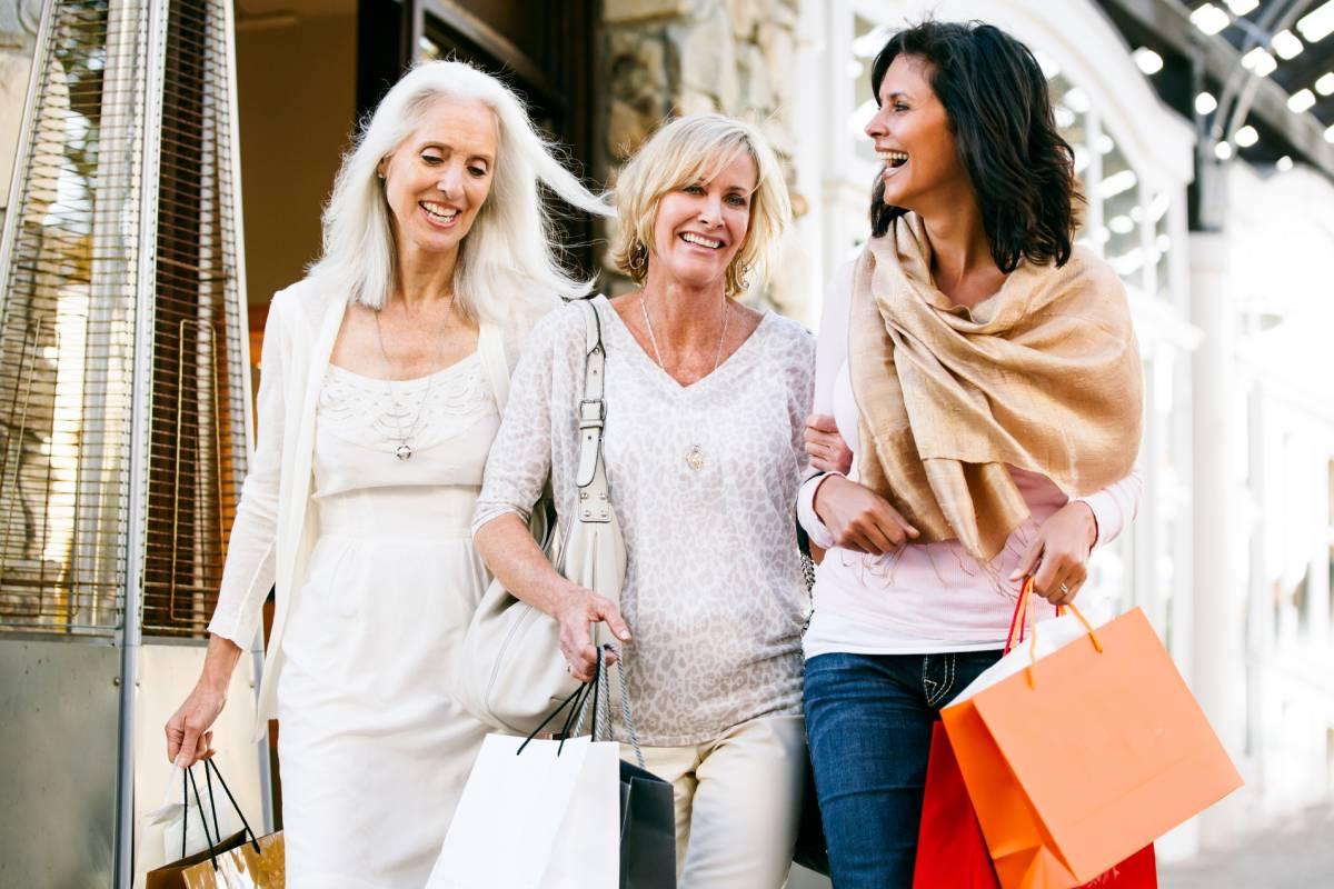 b64d186ddaf So facettenreich ist Mode für Frauen ab 50 – Inspiration - bildderfrau.de