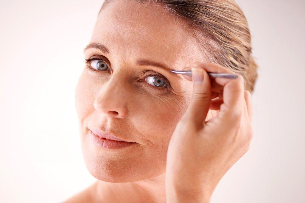 Augenbrauen: Natürliches Lifting für Ihr Gesicht - Bild der Frau