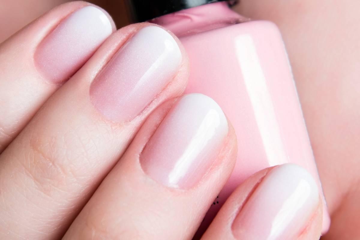 Babyboomer Nagel Der Beauty Trend Fur Elegante Hande Bildderfrau De