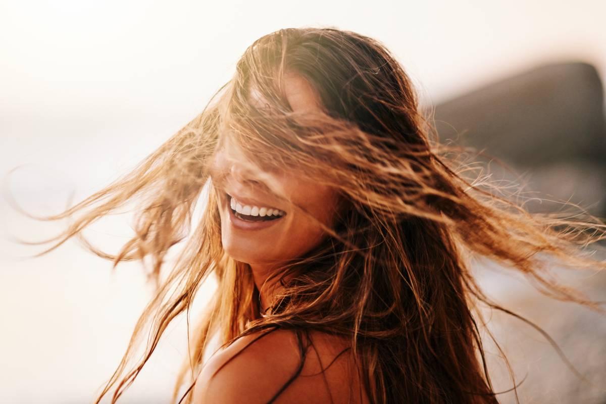 Aufhellen Sie das Haar natürlich vor und nach dem Abnehmen