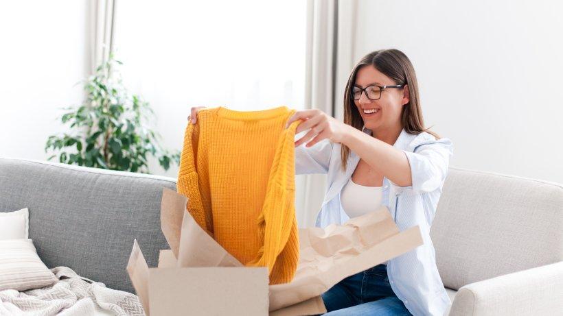 Der-unendliche-Kleiderschrank-Mode-leihen-statt-kaufen-Weil-Nachhaltigkeit-Spa-macht