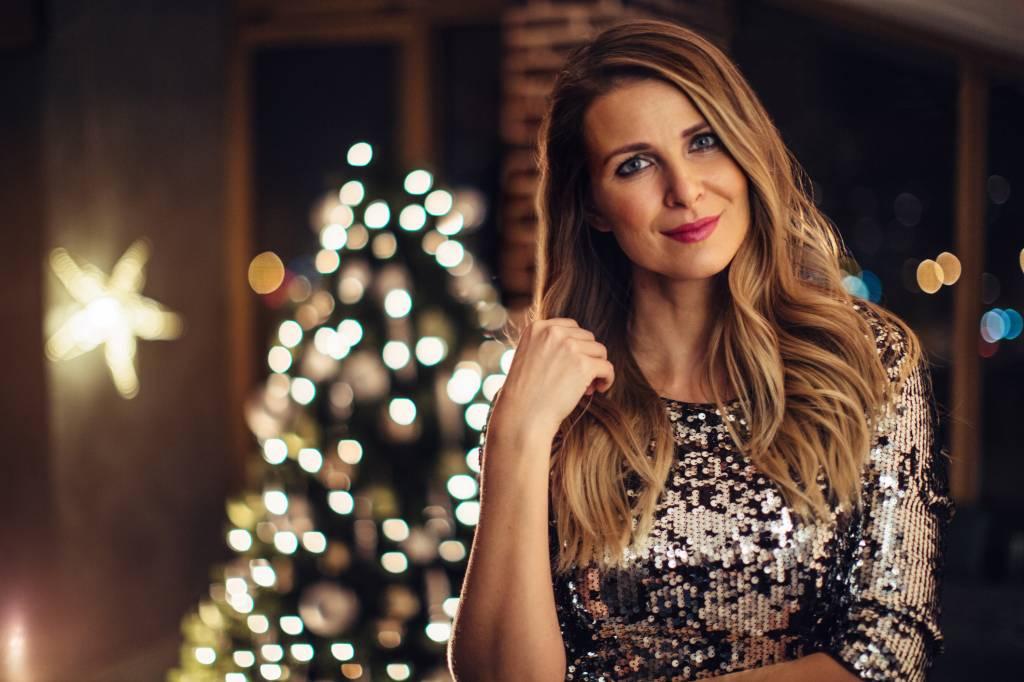 Weihnachtsessen Outfit.Das Perfekte Weihnachtsoutfit Inspiration Gesucht Bildderfrau De