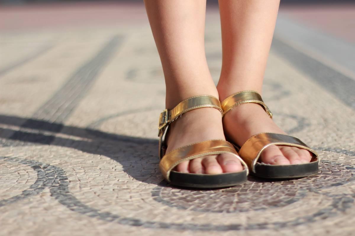 Pantolette: Der neue Schuh Trend macht Schlappen modisch