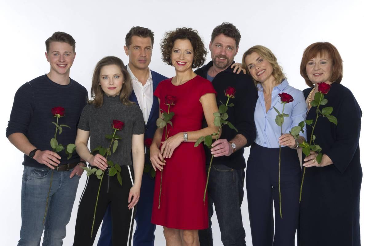 Rote Rosen Die Neuen Hauptdarsteller Von Staffel 15 Bildderfraude