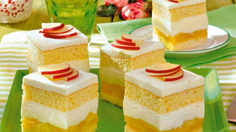 Apfelkuchen Mit Quark Und Sahne Bildderfrau De