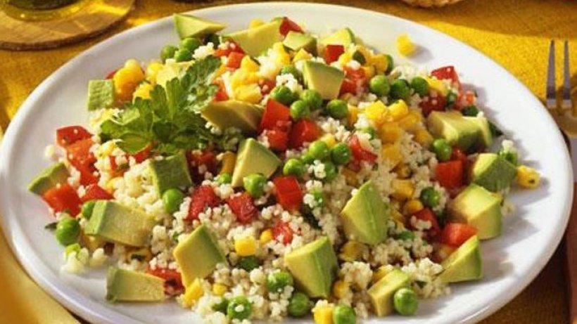 mexikanischer couscous salat bild der frau. Black Bedroom Furniture Sets. Home Design Ideas