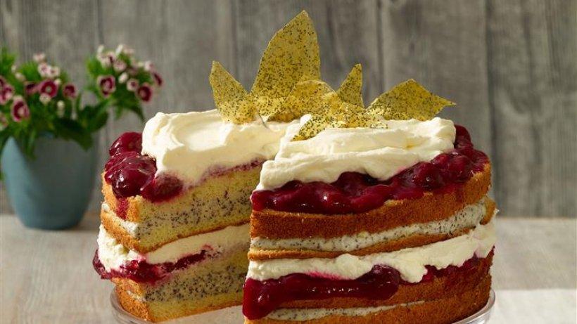 Mohn-Marzipan-Torte mit Kirschen - bildderfrau.de