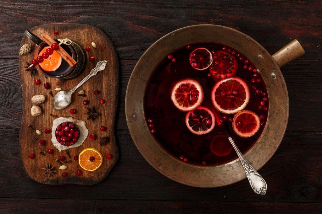 Fruchtiger Glühwein mit Cranberry und Johannisbeere - Bild der Frau