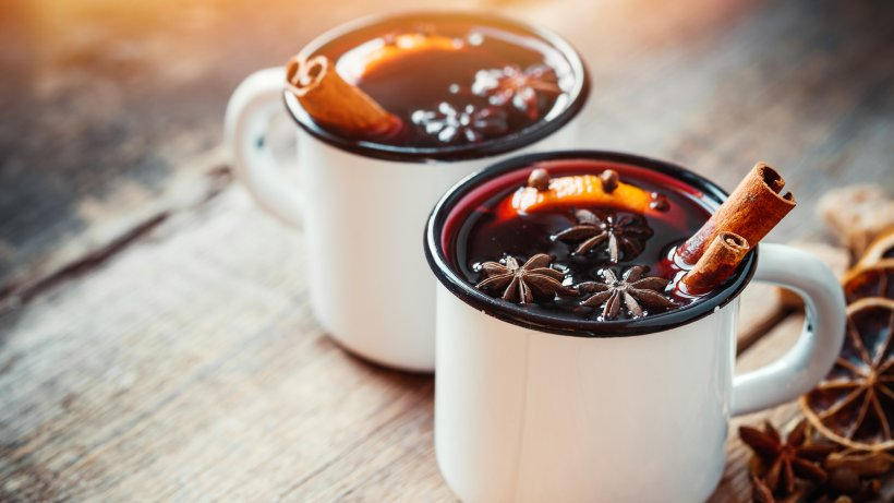 Glühwein: Kalorienarmes Rezept mit Birkenzucker