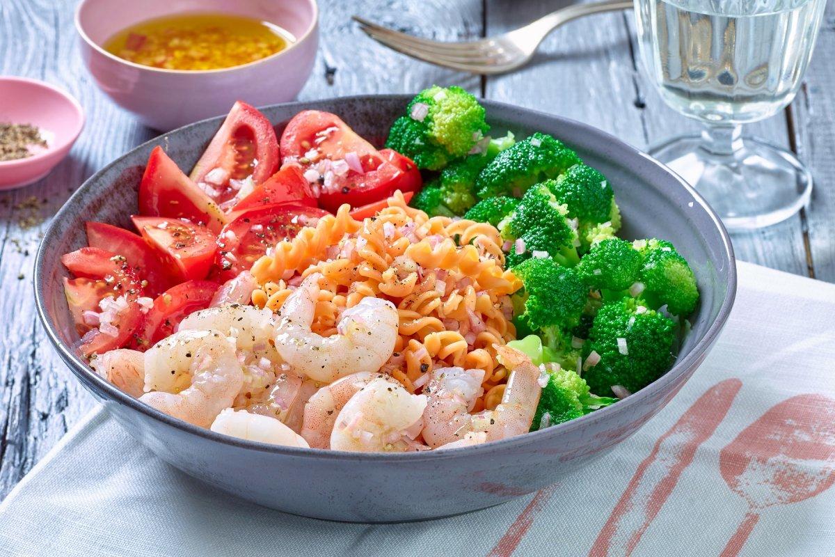 Für Ihre Diät: Rote-Linsen-Pasta mit Shrimps und Brokkoli