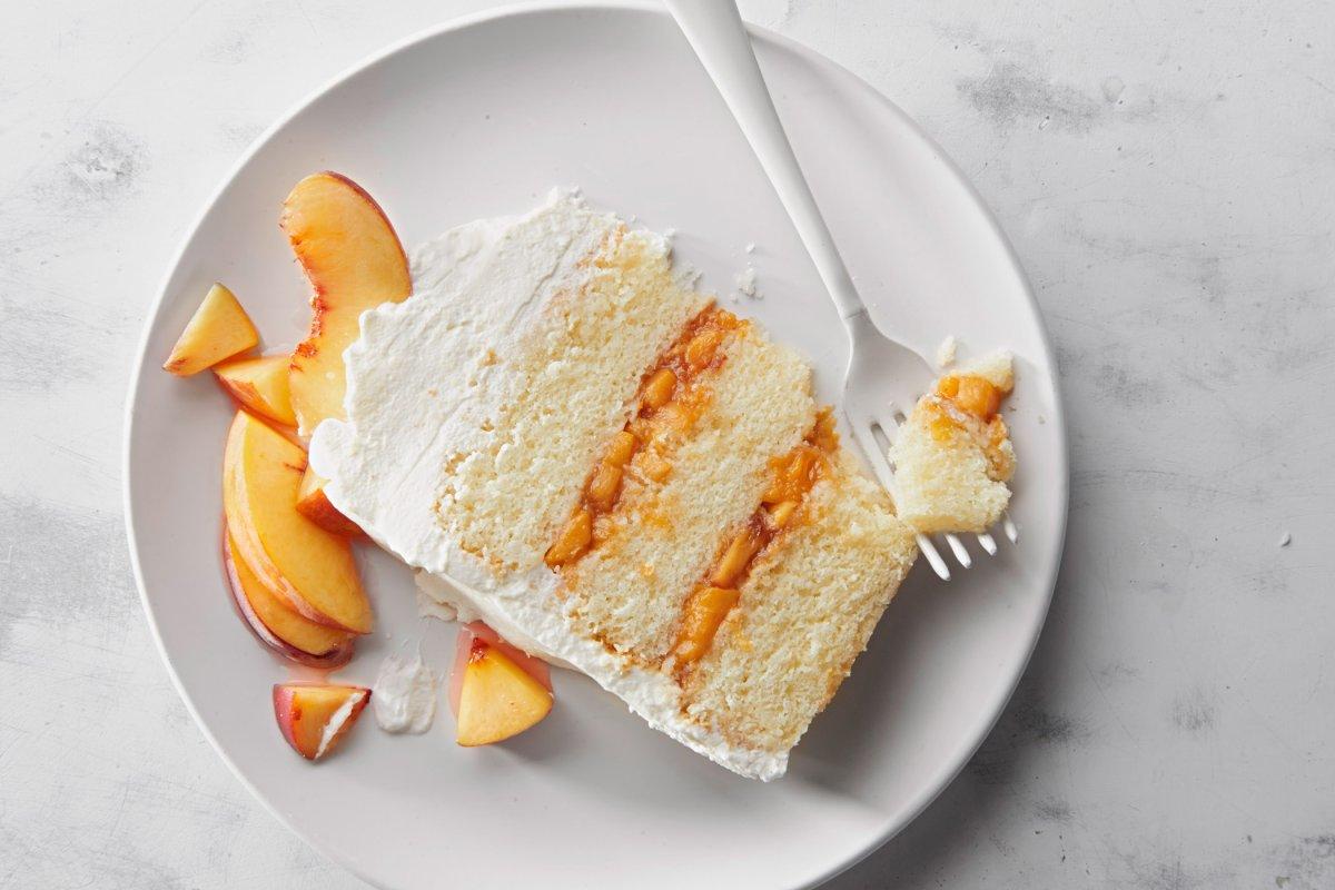 Prosecco-Pfirsich-Torte: Perfekt für den Sommer