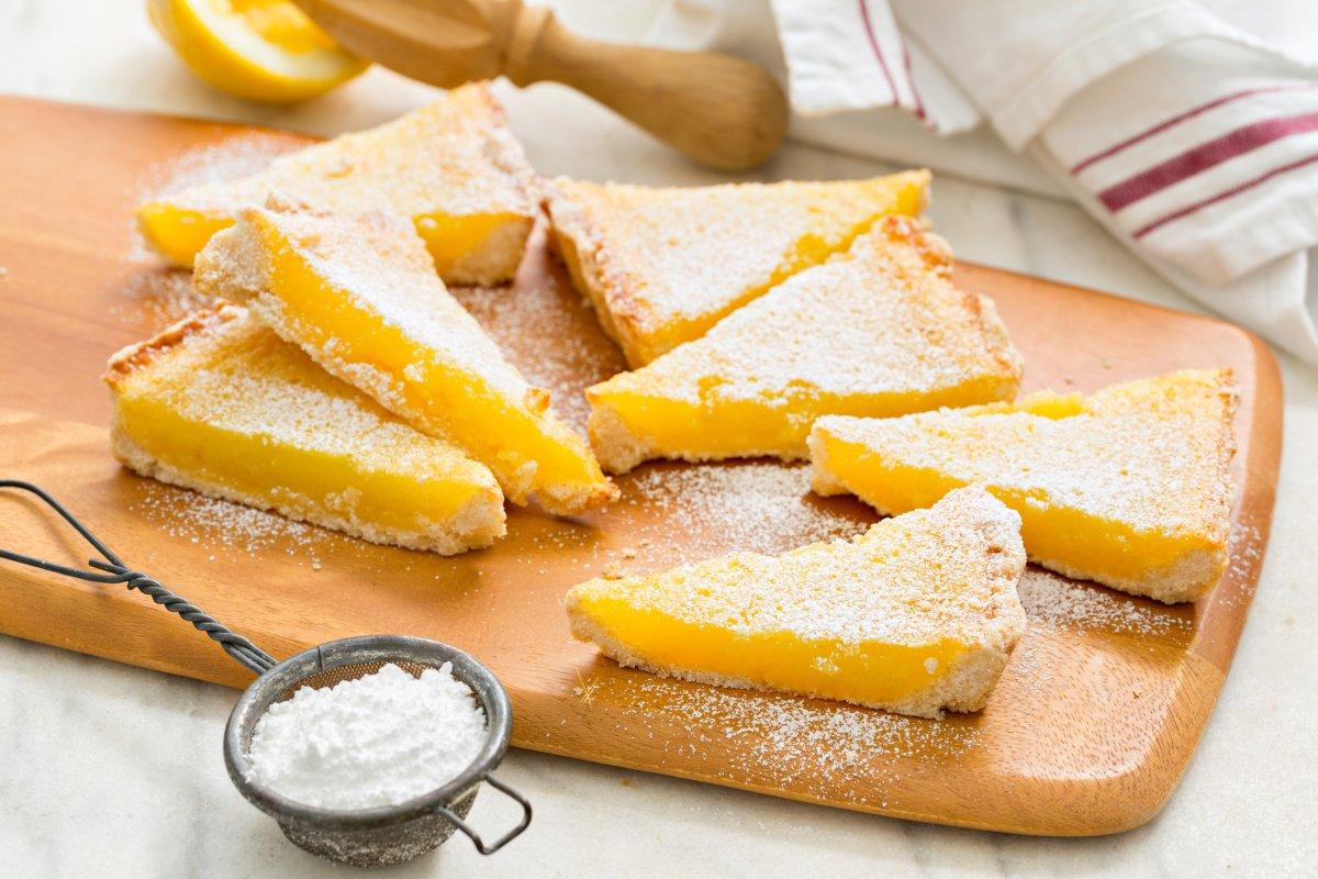 Low-Carb-Zitronenkuchen: Rezept für fruchtigen Genuss
