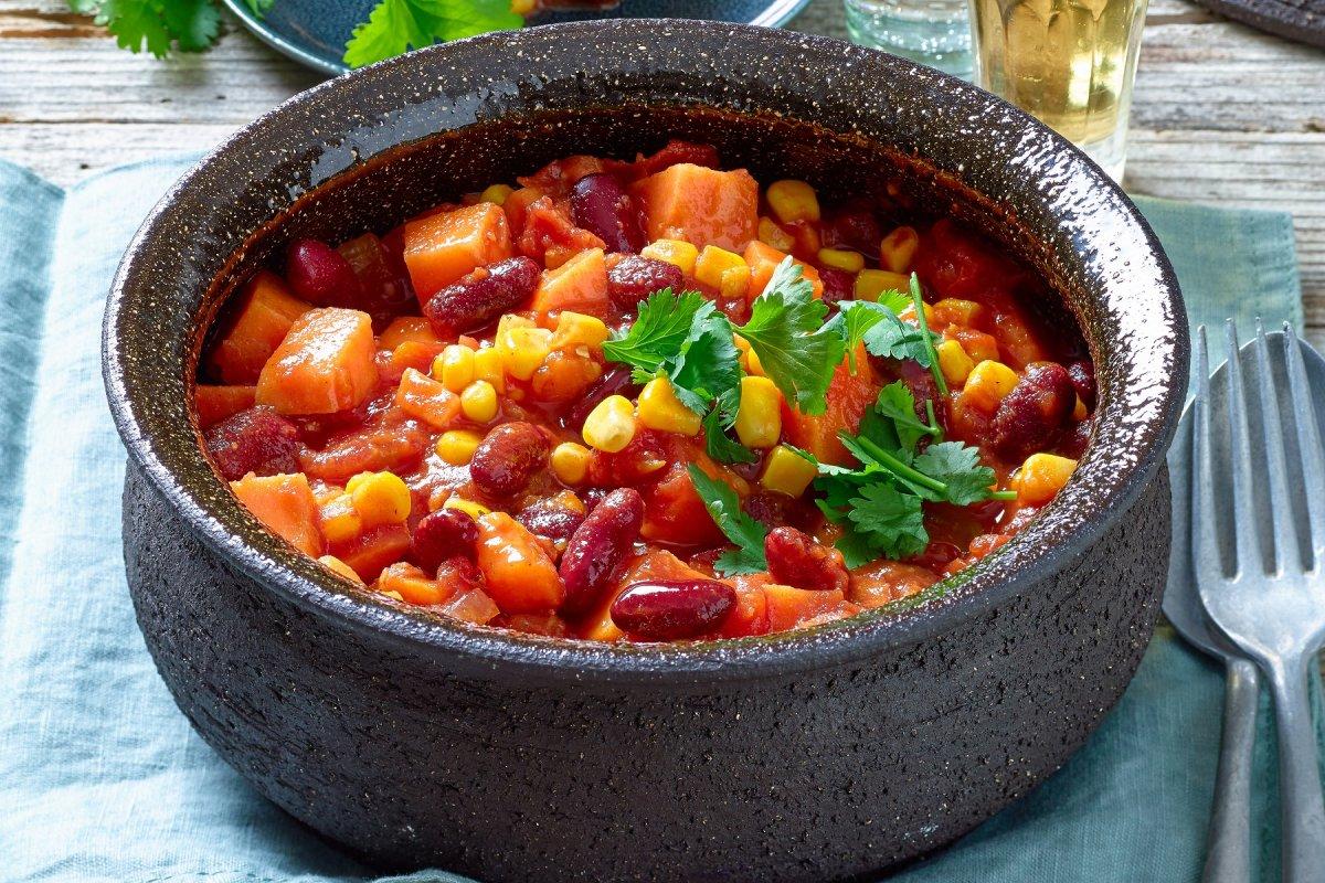 Süßkartoffel-Chili: Vegetarisches Rezept zum Genießen