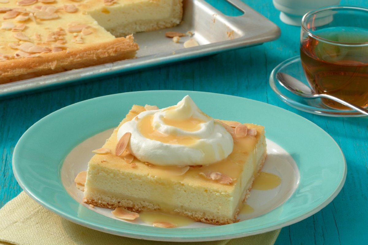 Blechkuchen: Rezept mit Eierlikör