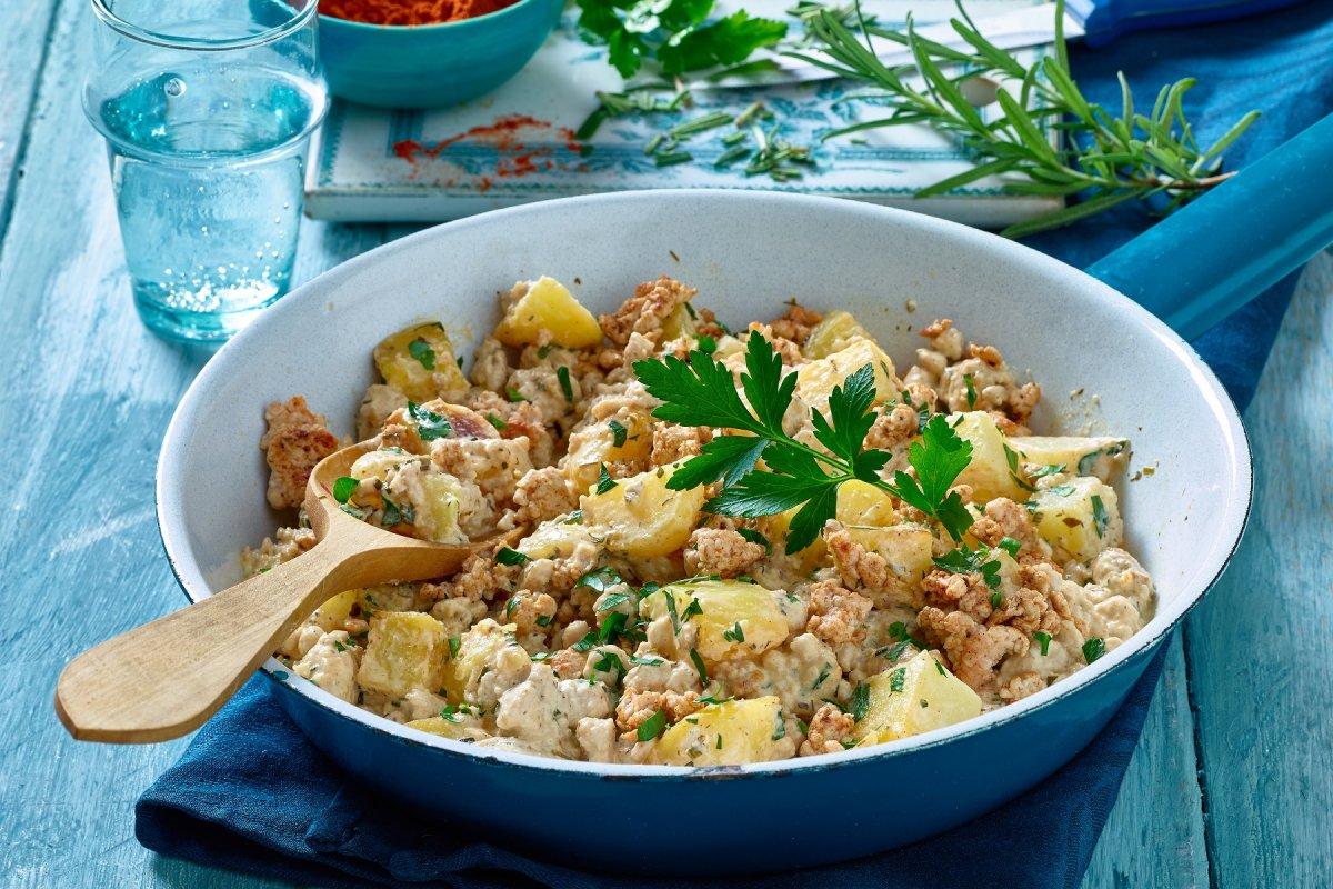 Kartoffel-Hackfleisch-Pfanne: Schnelles Rezept mit Frischkäse