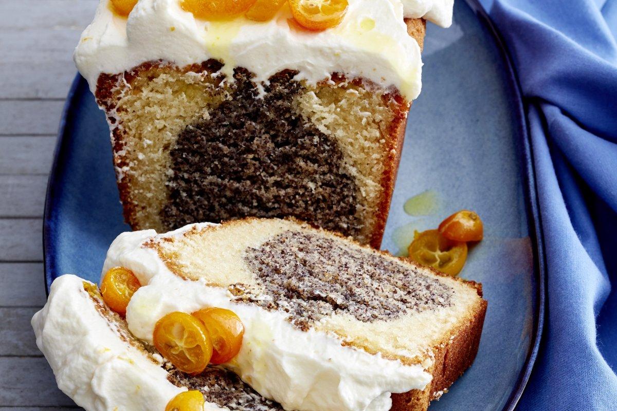 Mohn-Joghurt-Kuchen: Schnelles Rezept mit Kumquats