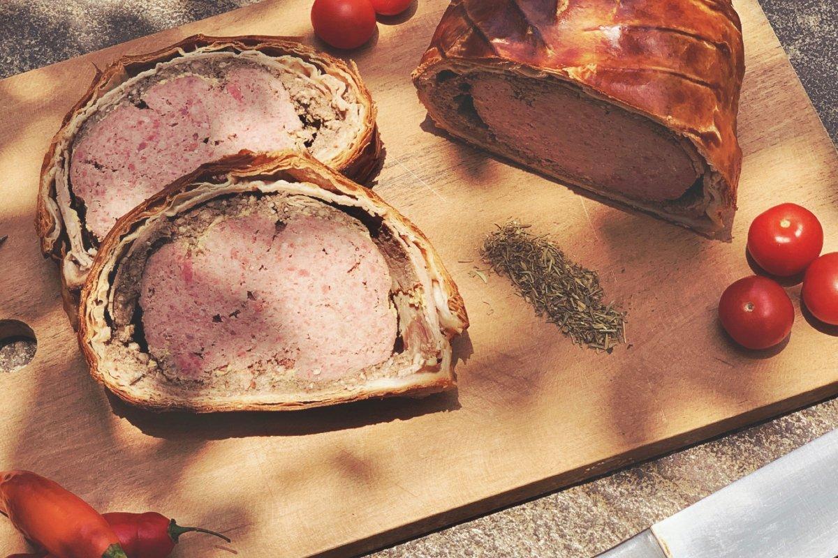 Senf-Kräuter-Filet in Blätterteig: Rezept der raffinierten Küche