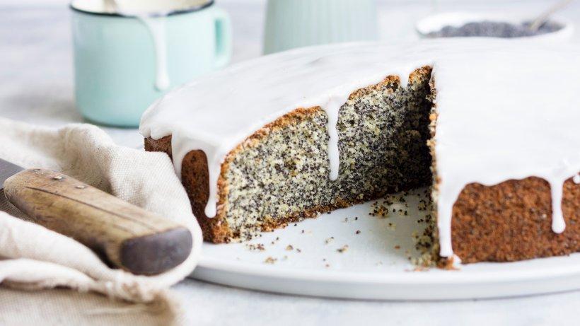 Piegusek: Polnischer Mohnkuchen mit Buttermilchglasur