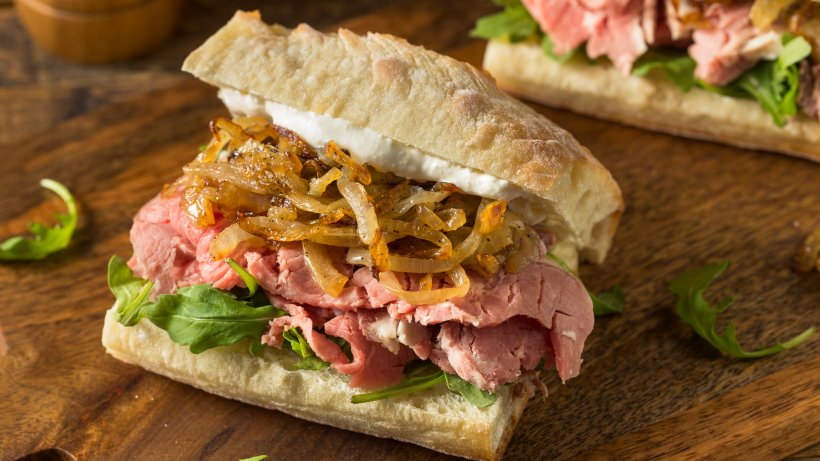 deftiges-aufs-brot-so-machen-sie-ein-prime-rib-sandwich